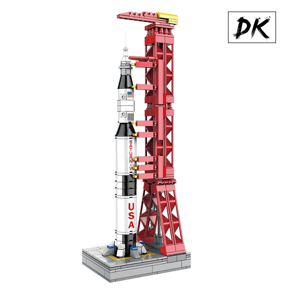 DK 7022 Technic Apollo Project Lunar Astronaut Saturn V Carrier Rocket Model Building Blocks Bricks Toys  for Children